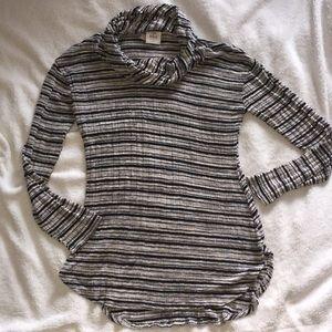 Knox Rose dress top